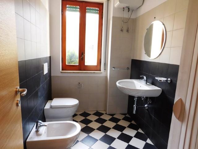 Affitto appartamenti santa teresa di riva affitto uso for Affitti uso ufficio